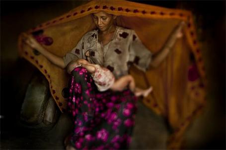 Fotografía, video: Rohingya in Bangladesh (Montaje de fotografías de Javier Arcenillas)