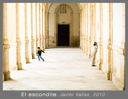 El escondite. Javier Vallas