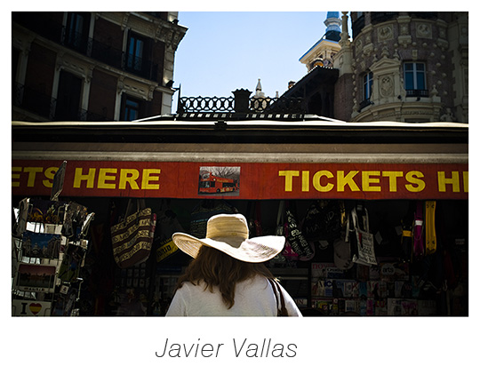 Tickets here, una fotografía de Javier Vallas
