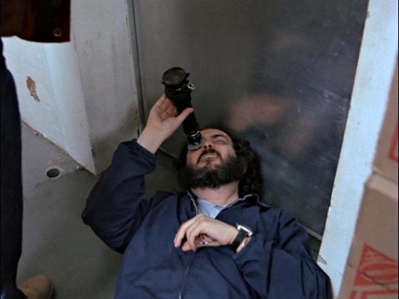 Análisis de planos. El-resplandor, Stanley Kubrick buscando el plano contra-picado
