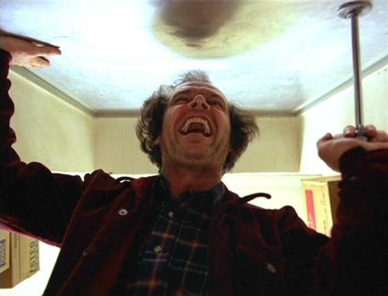 El-resplandor, Jack Nicholson en el plano final contra-picado de la película El resplandor de 1980